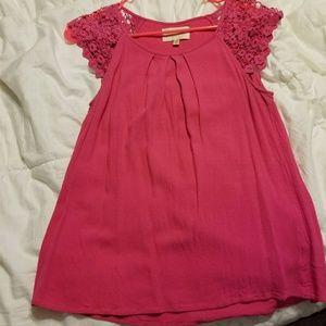 SALE $22Skies Are Blue Pink Crochet Trim Top